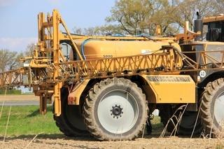 Fruehjahrsbestellung. equipment for farming.