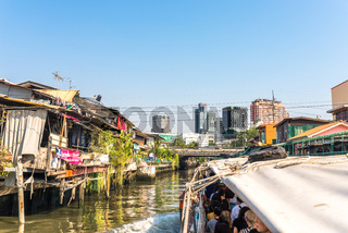 One of the major water canals in Bangkok, the Khlong Saen Saep