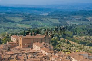 San Gimignano mit Landschaft, Toskana, Italien