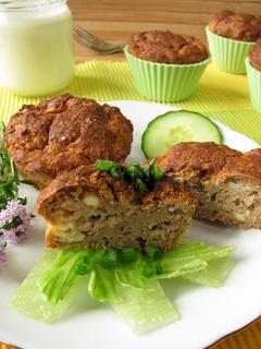 Vollkorn-Muffins mit Feta und Joghurt