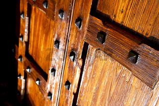 in legnano  rusty brass brown knocker