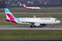 Eurowings und Air Berlin Flugzeuge Flughafen Düsseldorf