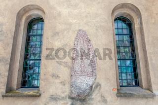 Heda church runestone