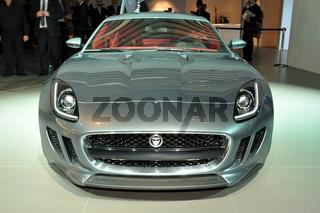 Jaguar cx 16 auf der IAA