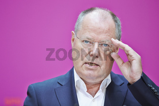 Press statement by Peer Steinbrück and the Verdi-chairman Frank Bsirske about care system at the headquarters of the SPD Party (Willy-Brandt-Haus) in Berlin.