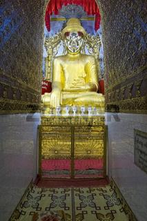 Goldener Buddha, Yadana Man Aung Pagode, Nyaung Shwe, Myanmar Asien