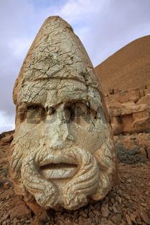Ruins Nemrut