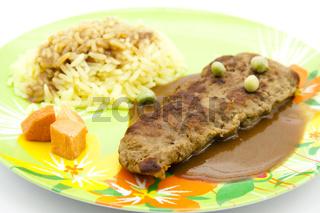 Rinder Steak mit Reis und Soße
