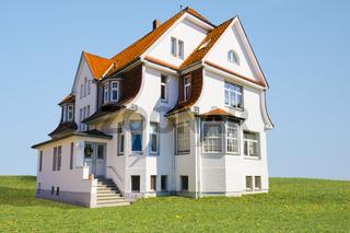 Elegant art nouveau villa