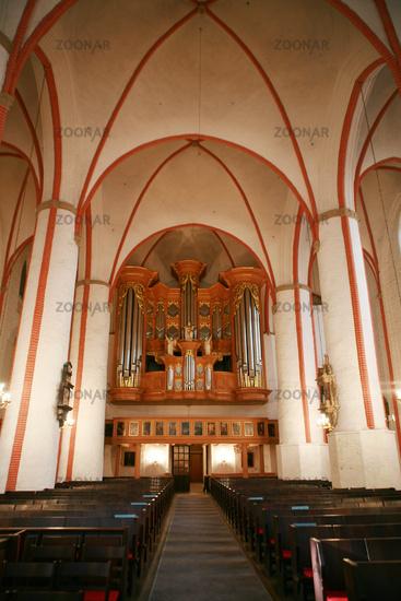 pipe organ in saint jacob church