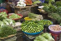 Marktszene mit Gemüsehändlerinnen, Phu Quoc, Vietnam, Asia