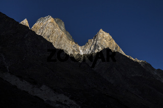 Peaks around the Bhagirathi valley