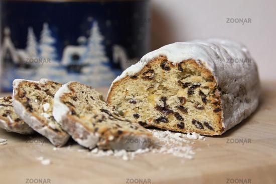 n traditional german christmas cake