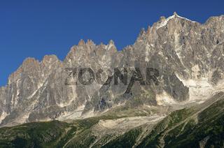 Die Bergspitzen von Chamonix, Savoyen, Frankreich