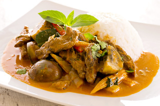 thai red curry with beef and rice