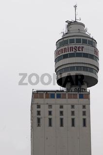 Henninger Turm vor dem Abriß