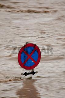 Überflutung bei Hochwasser nach Regen