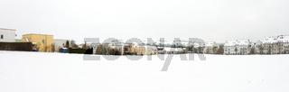 Panorama: Häuser im Winter