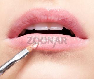 Lips makeup