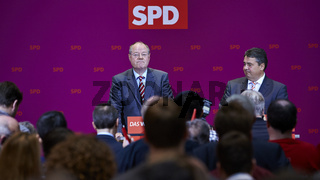 SPD party members follow the state elections in Bavaria