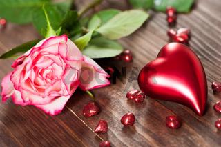 Herz mit Rose