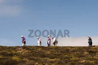 Wanderer am Cap de Chevre bei Crozon