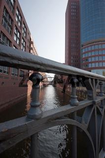 Brücke in der Hamburger Speicherstadt, Deutschland