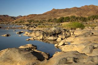 Am Orange-Fluss im Richtersveld Transfrontier National Park an der Grenze zu Namibia