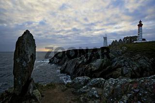 Leuchtturm und Abteiruinen, Pointe de Saint Mathieu, Bretagne, France