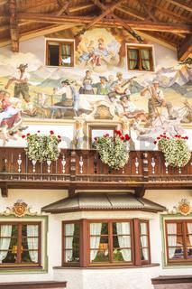 fassadenmalerei am gasthof zum schweizerbartl, kaltenbrunn