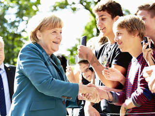 Merkel gives a lesson of history on the subject '13th of August 1961'