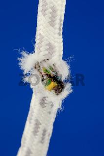 abgetrenntes Strom Kabel
