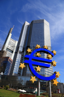 Euro Zeichen in Frankfurt am Main (2013)