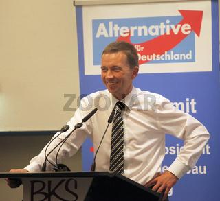 Prof.Dr. Bernd Lucke (AfD) auf einer Wahlkampfveranstaltung 2013 in Magdeburg