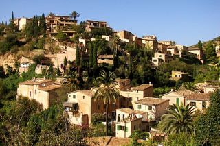 Bergdorf Deia auf Mallorca