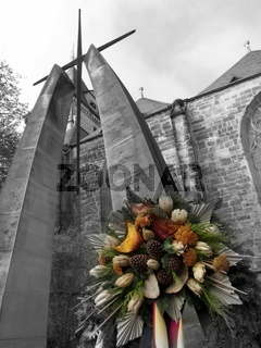 Hameln Münsterkirche Volkstrauertag (verfremdet)