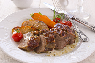 roasted goose breast fillet with quince and vegetable