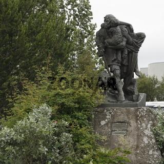 'The Outlaw' - the sculpture by Einar Jónsson. Akureyri