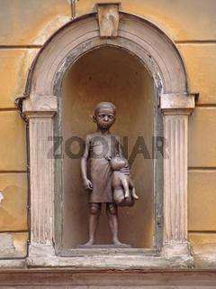 Skulptur in Hausnische in Eger (Cheb)