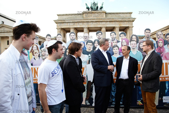 Campaign against intolerance of culture in Berlin