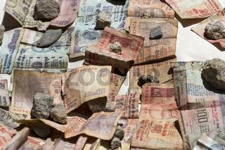 Indische Banknoten in der Sonne