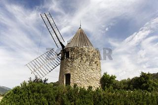 Grimaud, Moulin de la Gardiolle, Cote d'Azur