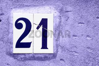 Hausnummer 21
