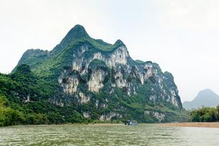 nine horses draw mountain in lijiang river