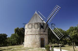 Grimaud, Gardiolle, Moulin St Roch, Cote d'Azur