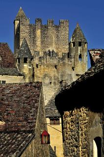 Frankreich: Türme des Chateau de Beynac