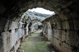 Katakomben im Theater von  Milet