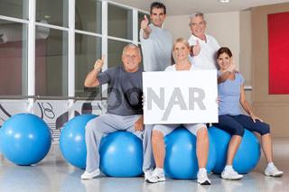 Werbung für Rückentraining im Fitnesscenter