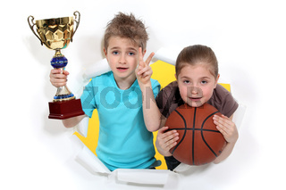 Children with glass and basketball