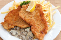 Pork escalope with chips